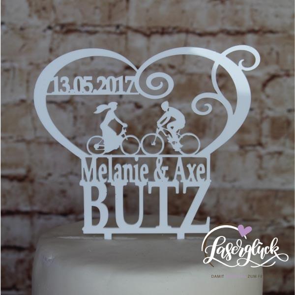 Cake Topper Brautpaar auf Rad im Herz mit Namen Weiß
