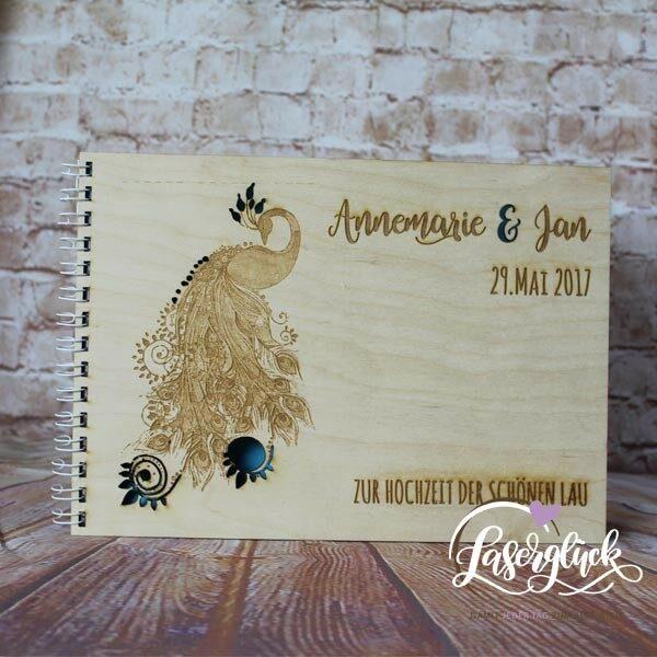 Ein Königliches Holzbuch