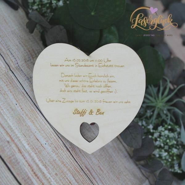 Einladung in Herzform